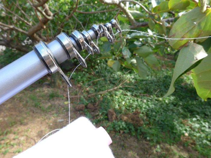 釣り竿に通した糸