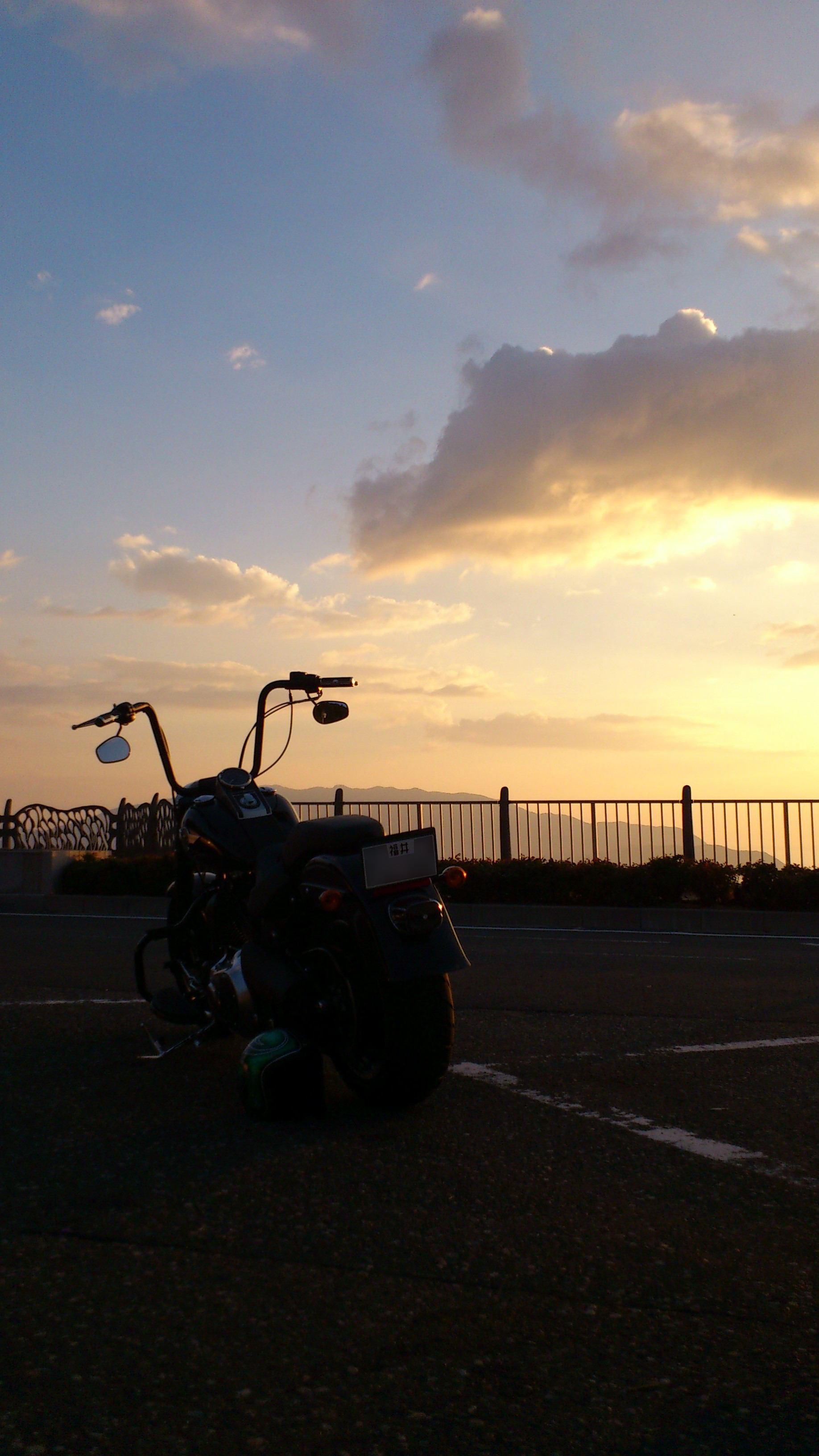 夕日とFLSTFB2