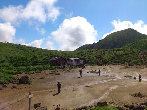 避難小屋1