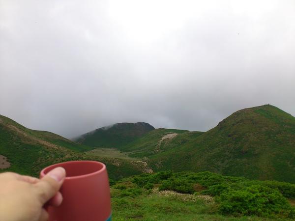 白口岳ヨリ中岳