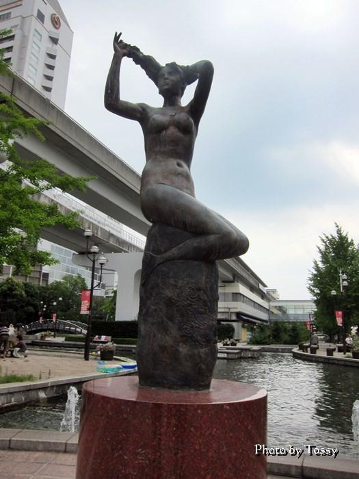 リバーモール 彫刻