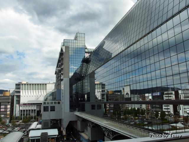 京都駅 ガラス壁面