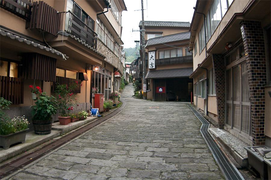 http://blog-imgs-60.fc2.com/k/a/t/katakuchiiwasi/s1-IMG_9678.jpg
