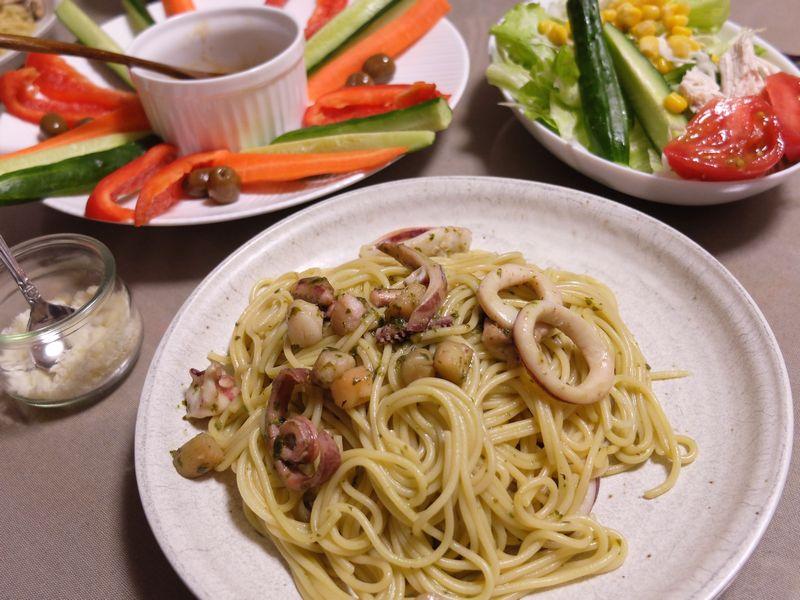 夕食 パスタ バジリコソース