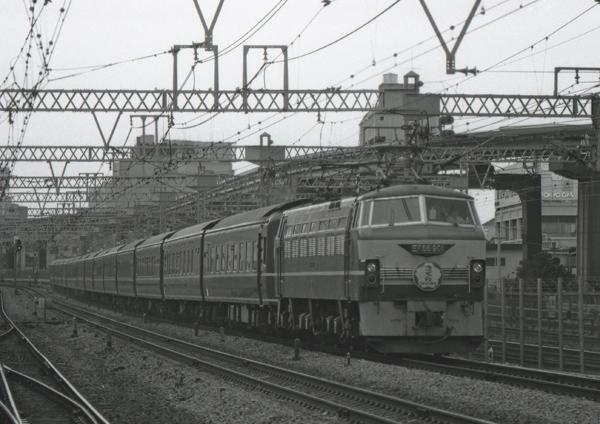 EF66901_さくら_田町