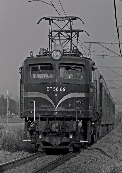 EF5889_成田臨_下総松崎