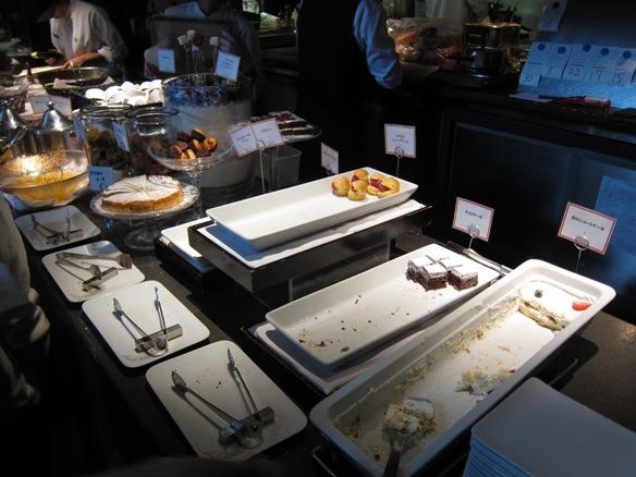 130601.丸の内・AW kitchen TOKYO0086