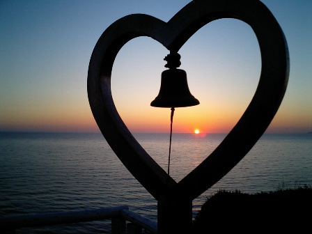 夫婦愛の鐘 (3)