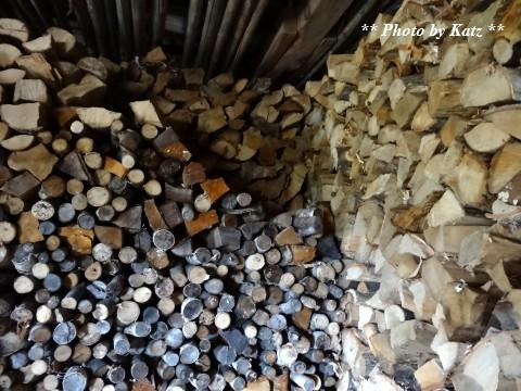 薪小屋 (1)