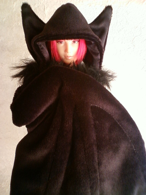 bat_cape_d.jpg