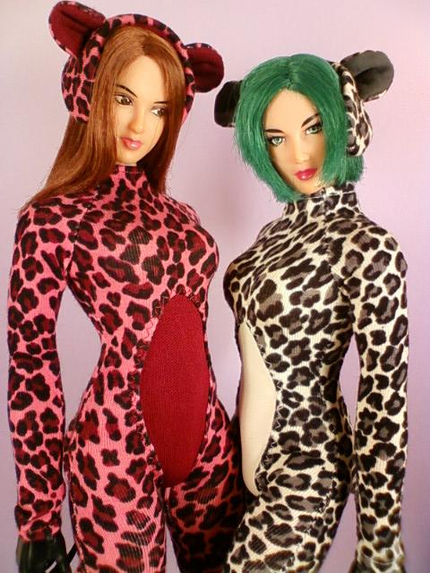 leopard_jump_suit_a.jpg