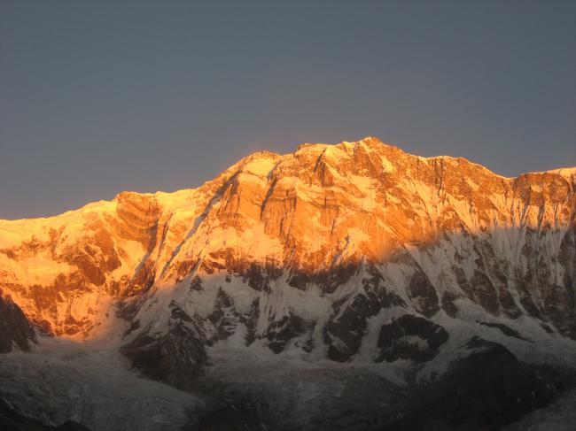 903朝日のアンナプルナⅠ峰