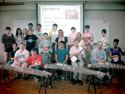 留学生のための琴・三味線体験 チーム牡丹