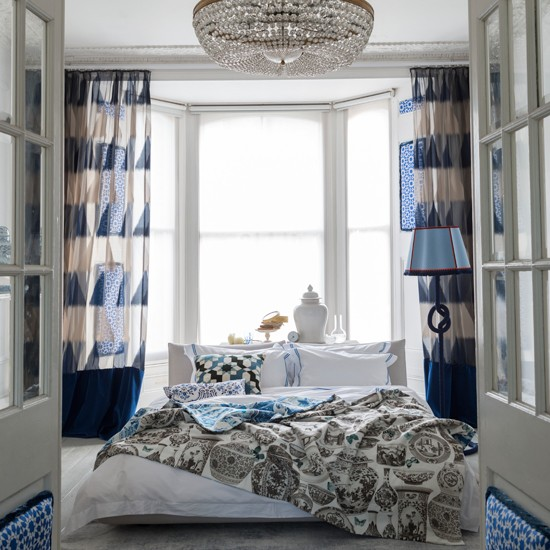 Blue-and-White-Bedroom-Livingetc-Housetohome.jpg
