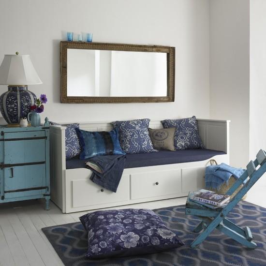 Classic-blue-living-room.jpg