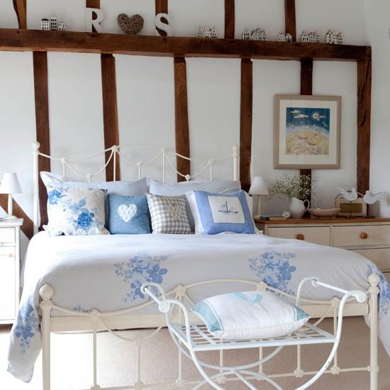 Main-bedroom-25-Beautiful-Homes-House-tour.jpg