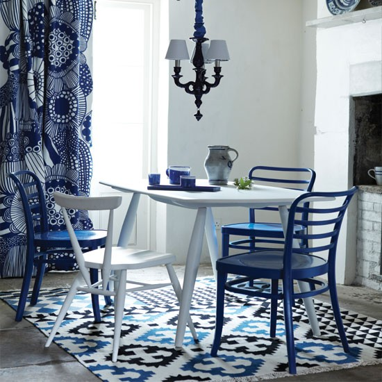 Modern-blue-and-white-dining-room.jpg