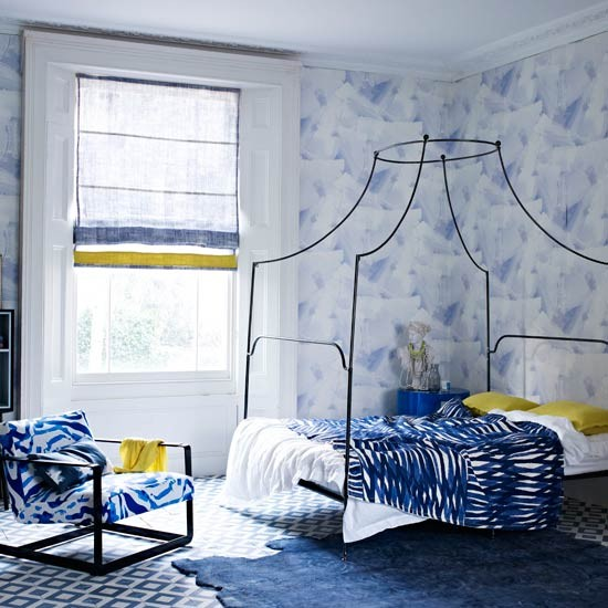 Pattern-filled-bedroom.jpg