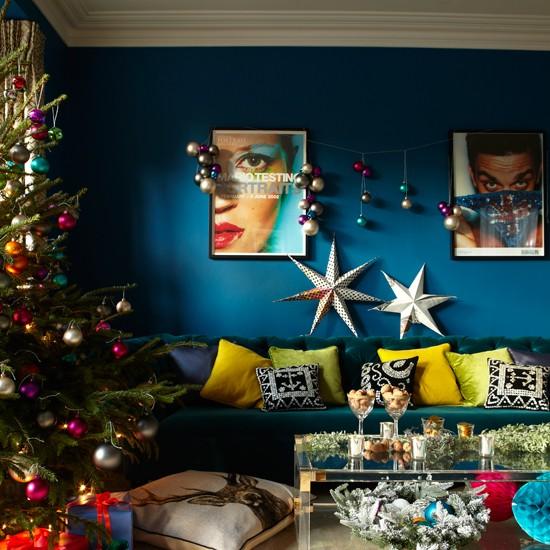 Peacock-Blue-Living-Room-Livingetc-Housetohome.jpg