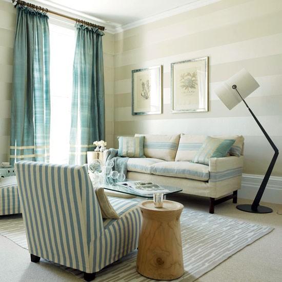 Striped-living-room-Modern-HomesGardens.jpg