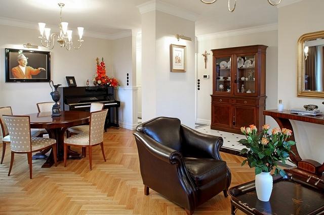 art-deco-apartment-Warsaw_201409112123473f1.jpg