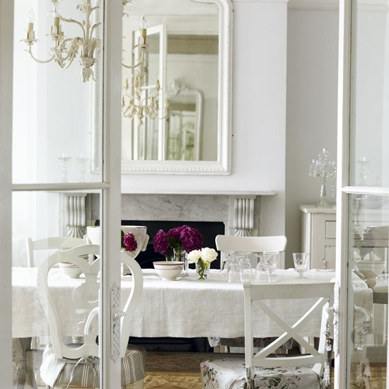 classic-French-style-dining-room.jpg