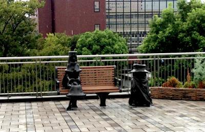 メーテル&鉄郎銅像