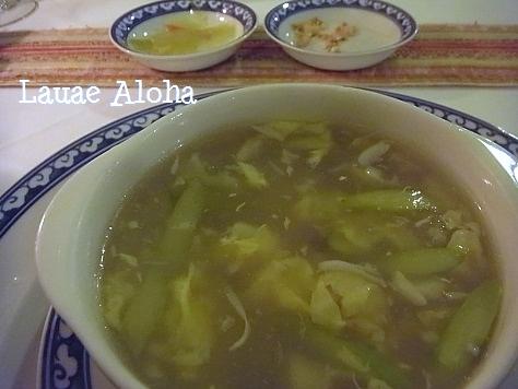 カニ肉とアスパラガスのスープ