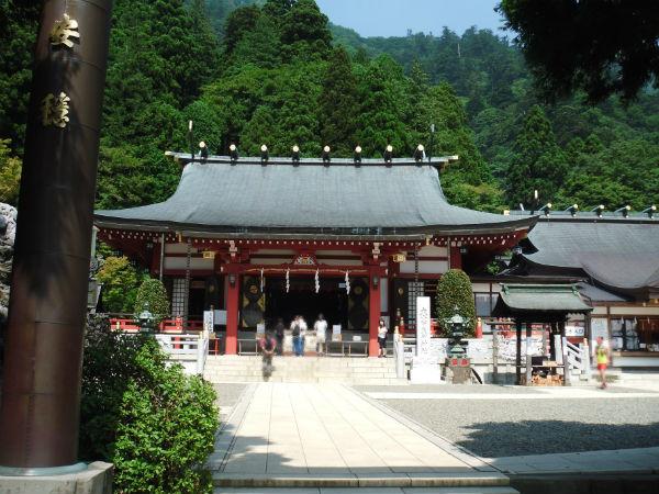 大山 神社1