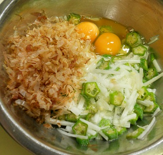 砂肝のコリコリ炒め&ヌルヌルご飯6