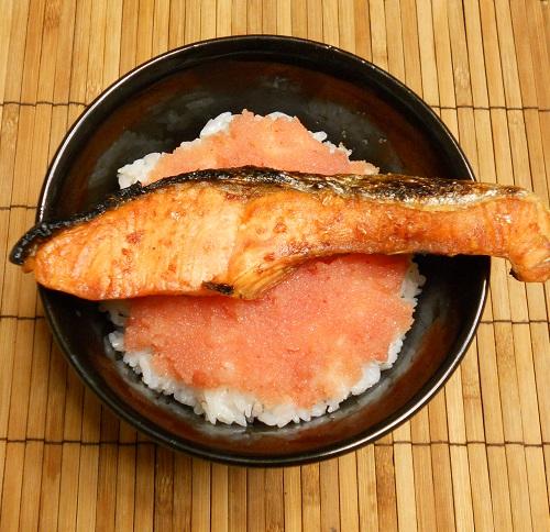 鮭と明太子の他人丼4