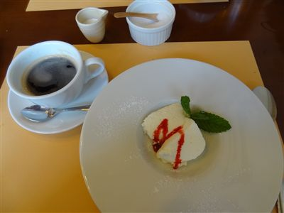 TAVERNA VISCONTI (タベルナ ヴィスコンティ) デザートとドリンク