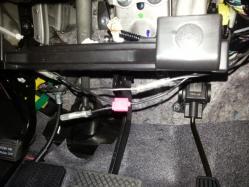 「電源ノイズフィルターB15N BOSS AUDIO」装着前