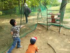 【必見キャンプ生活】 キャンプアイテムストラックアウト!子供と遊ぼう♪小学生の投球練習