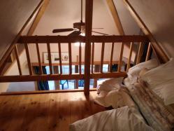 【必見キャンプ生活】 サンタヒルズのコテージツリーハウスに泊まる♪♪
