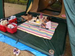 【必見キャンプ生活】 真夏キャンプの爽やかお座敷スタイル♪和のいぐさカーペット