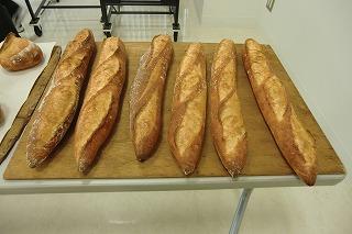 パン展示会 012