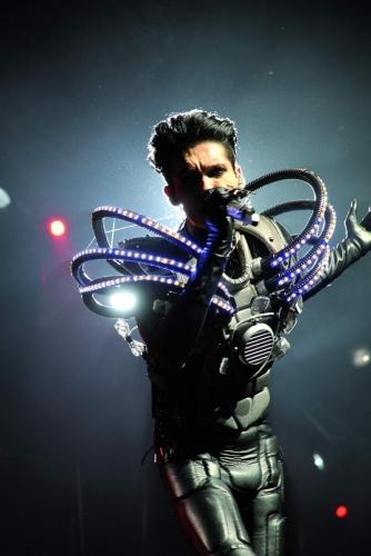 Tokio-Hotel-Humanoid bill