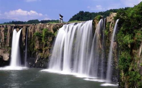 「原尻の滝」