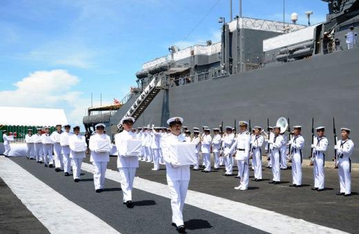 9月19日 ソロモン諸島ホニアラ港にて 戦没者の遺骨引渡式03