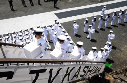 9月19日 ソロモン諸島ホニアラ港にて 戦没者の遺骨引渡式04