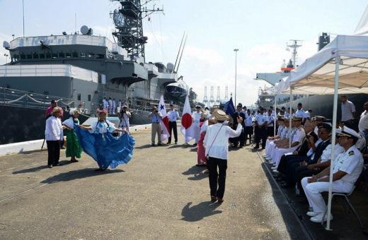 7月28日 パナマ入港歓迎行事