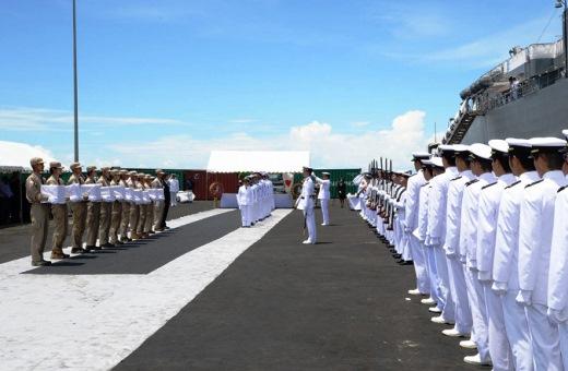 9月19日 ソロモン諸島ホニアラ港にて、戦没者の遺骨引渡式が行われました