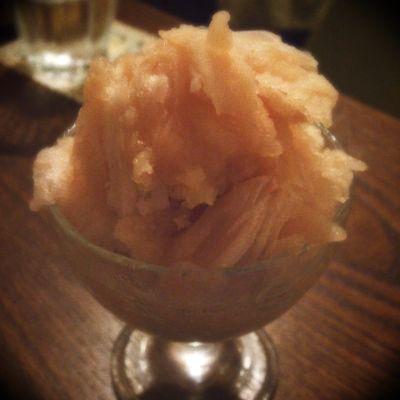 『雪の下』 山梨産白桃の氷