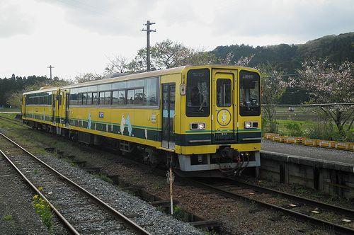 いすみ鉄道・いすみ202+206(2013年4月6日・国吉駅)