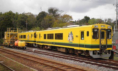 いすみ鉄道・いすみ302+301(2013年4月6日・大多喜駅)