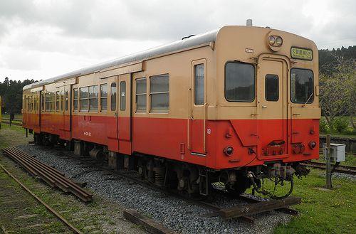 いすみ鉄道・キハ30 62(2013年4月6日・国吉駅)1
