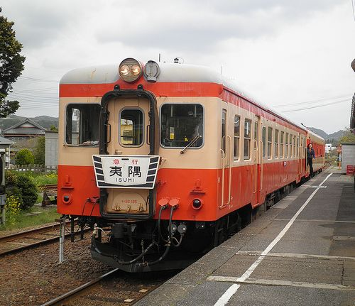 いすみ鉄道・キハ52 125+キハ28 2346(2013年4月6日・大多喜駅)