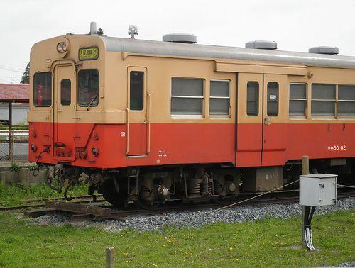 いすみ鉄道・キハ30 62(2013年4月6日・国吉駅)3