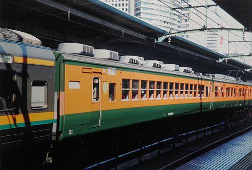 サロ110-1287(横コツ・K57編成)(2006年3月8日・東京駅)2